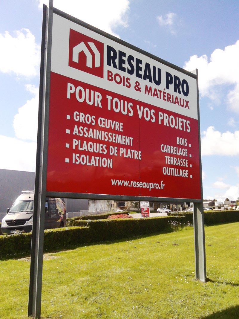 Panneau 4x3m reseau pro concarneau num rique for Reseau pro cuisine